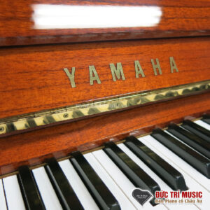 ban-phim-logo-dan-piano-yamaha-w103