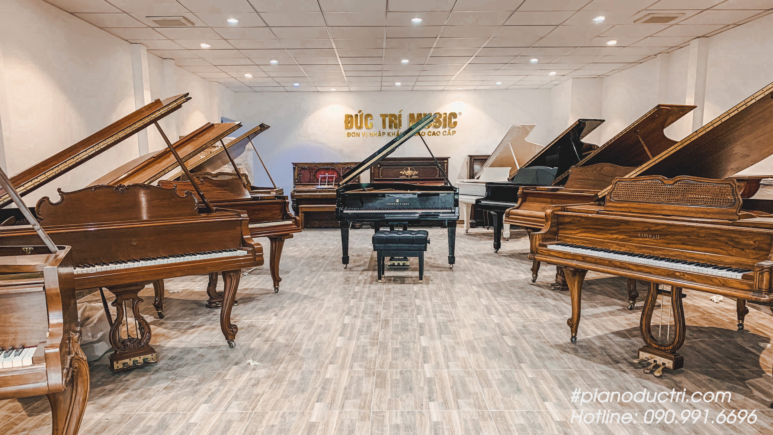 Shwroom trưng bày đàn Piano Đức Trí Music