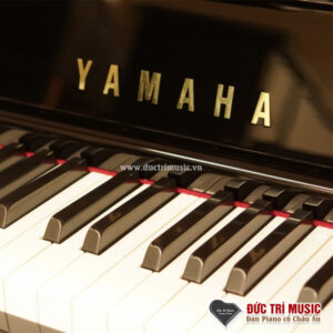 thương hiệu yamaha trên đàn piano yamaha ux10a