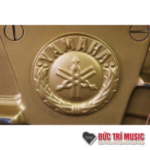 logo của đàn piano yamaha yux