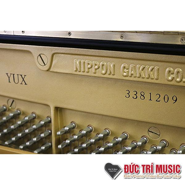 số series của piano yamaha yux
