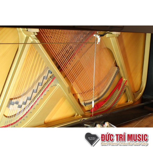 soundboard và dây đàn piano yamaha ux10a