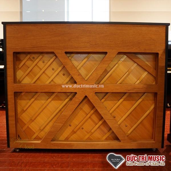 khung chữ x ở lưng đàn piano yamaha ux10a