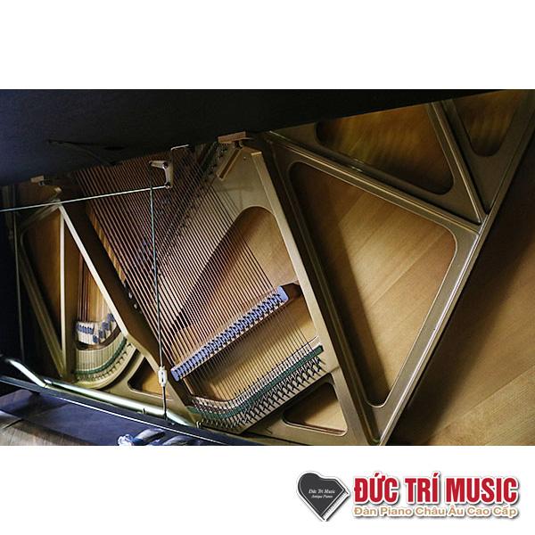 soundboard và dây đàn piano yamaha yux
